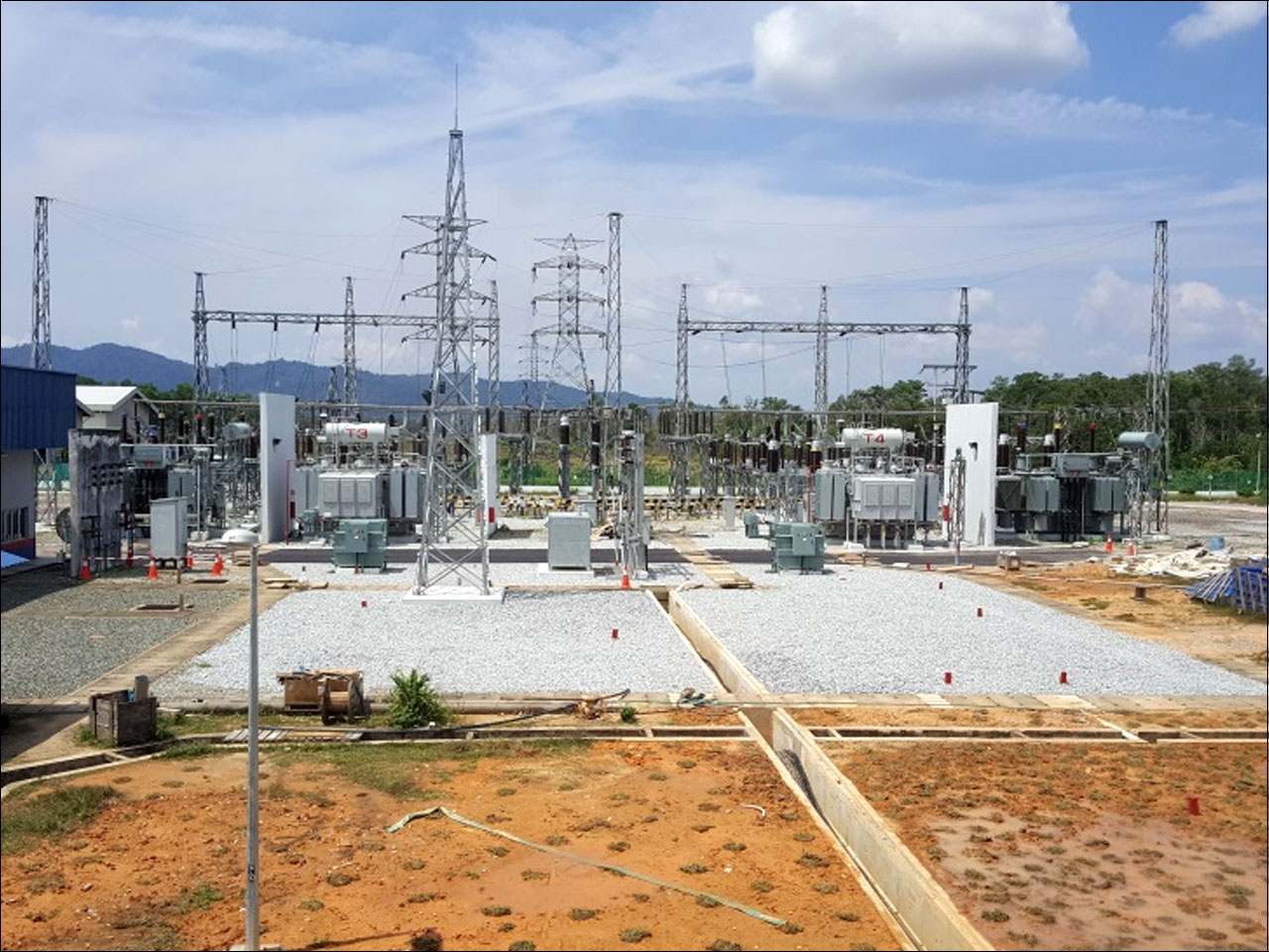 PMU Gong Badak – 132/ 33kV  Gas Insulated Switchgear (GIS)